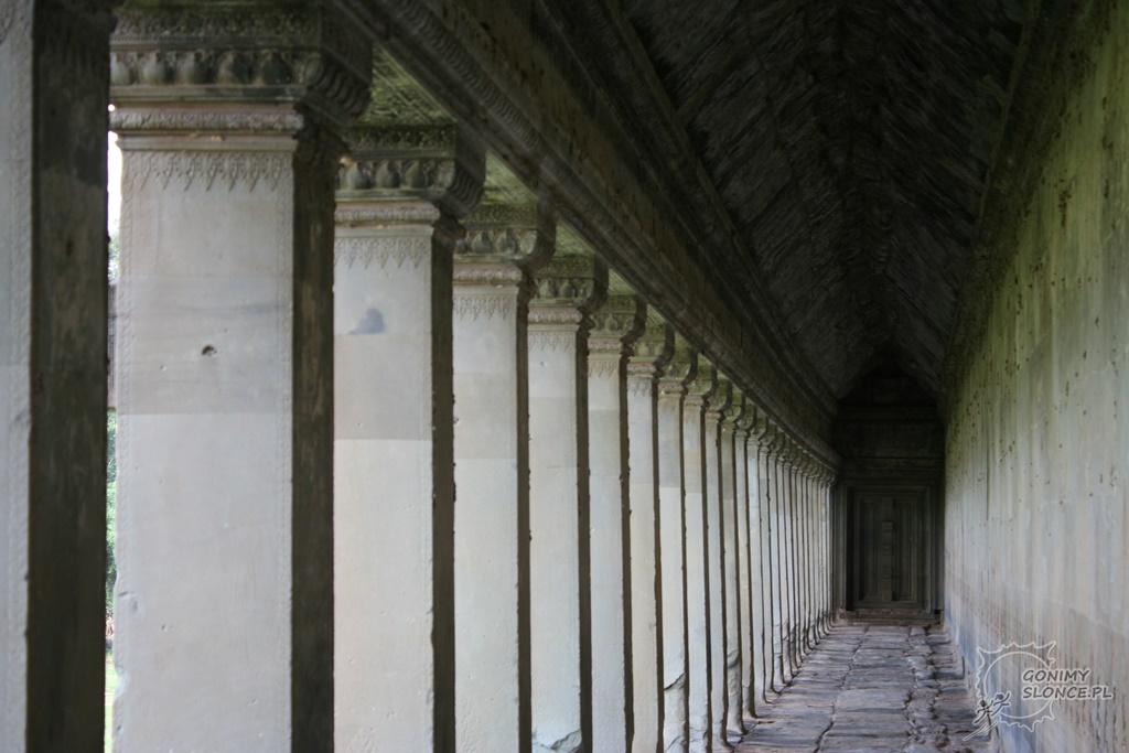 Angkor Wat - korytarz