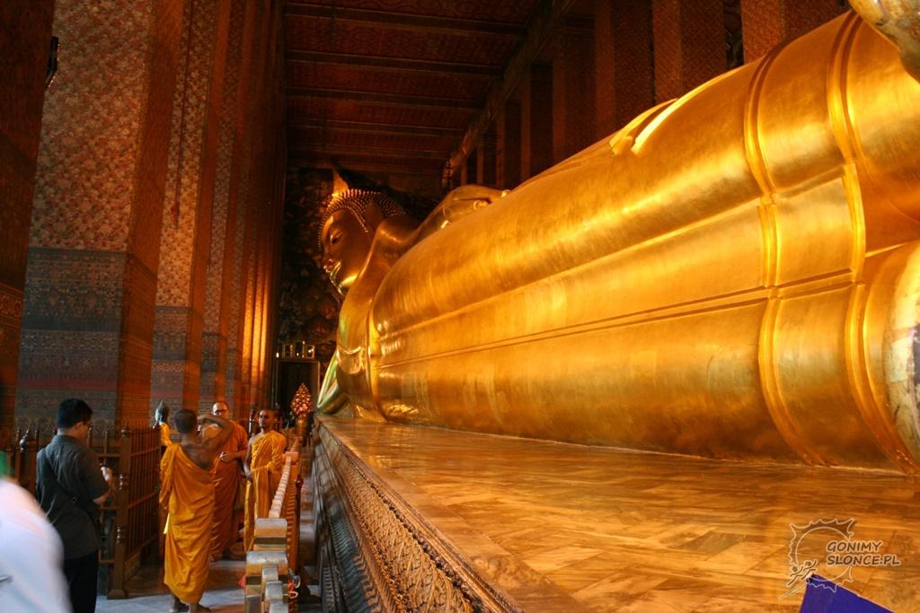Wielki Leżący Budda w Wat Pho - Bangkok