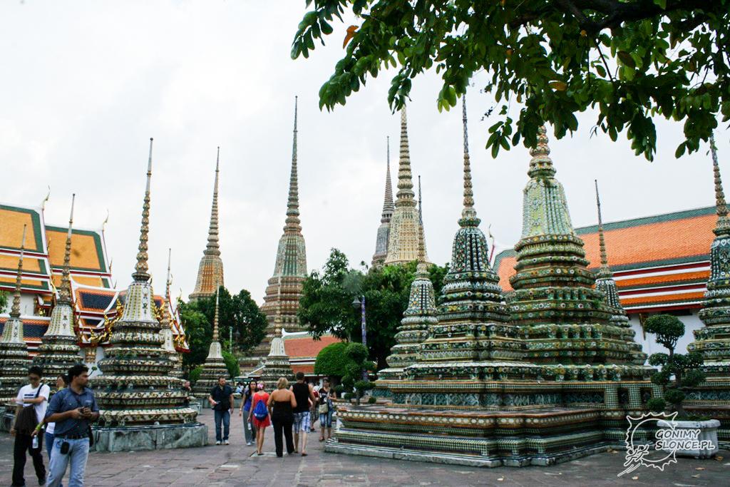 Pagody w Bangkoku w świątyni Wat Pho