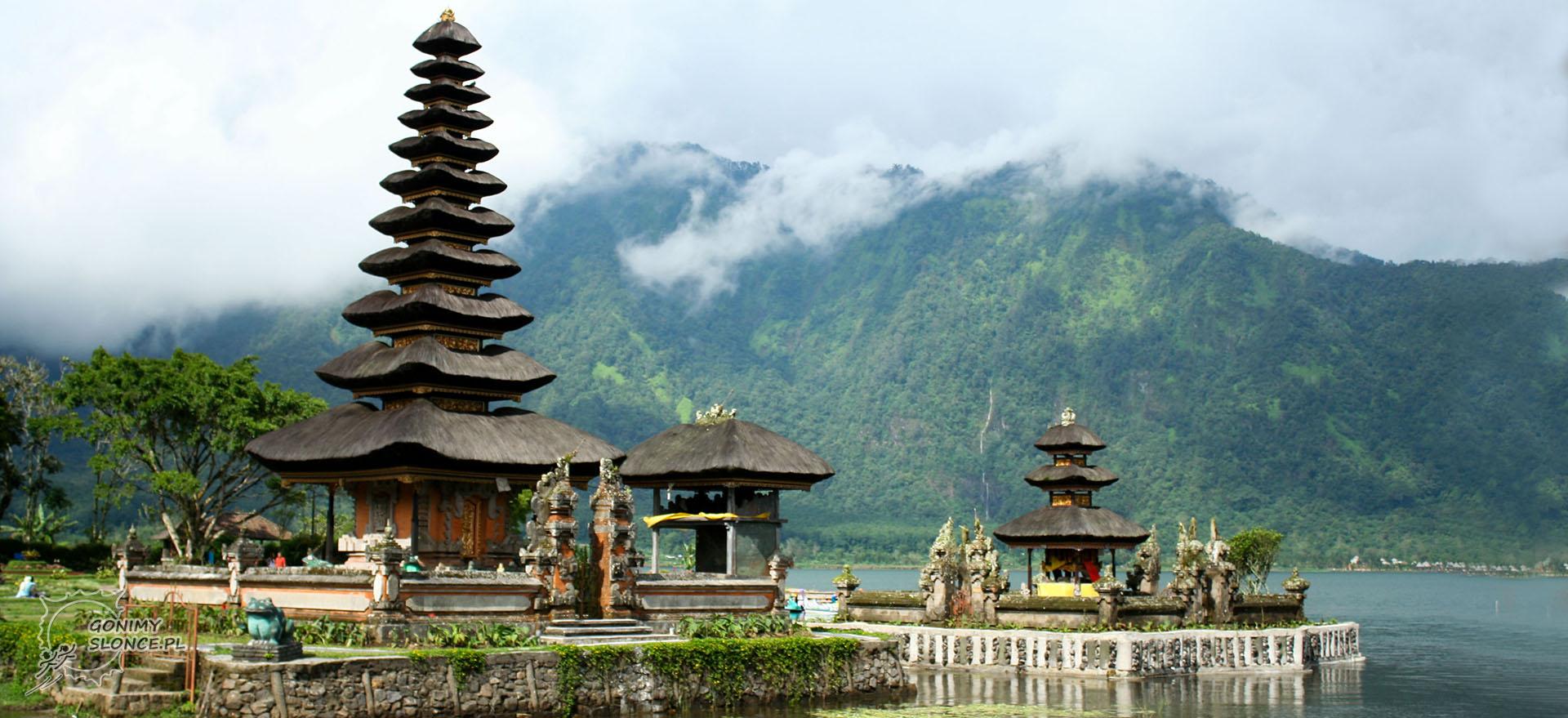 Bali, świątynia na wodzie