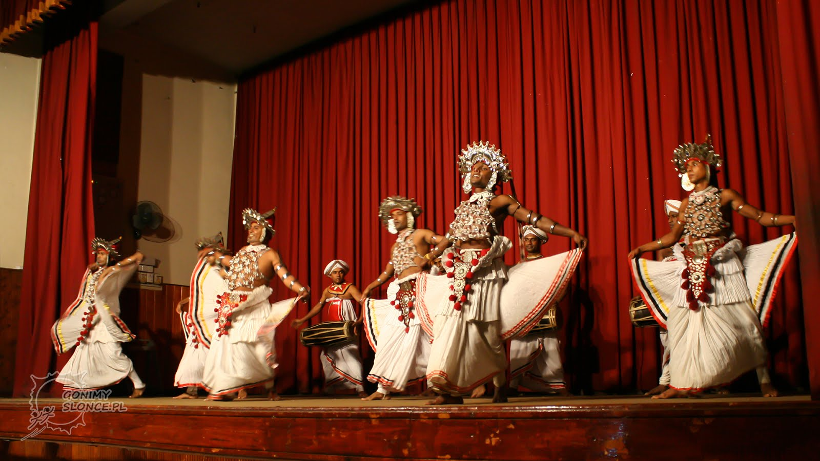 Kandy Dancers - Kandyjscy Tancerze - Sri Lanka