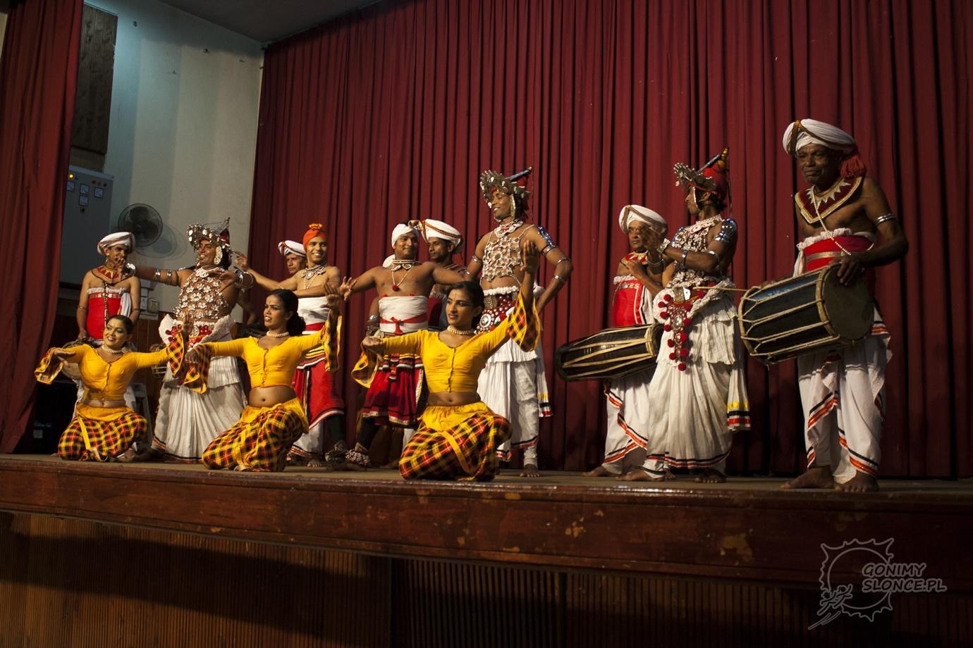 Kultura, taniec, muzyka, rytm, stroje i folklor - Sri Lanka