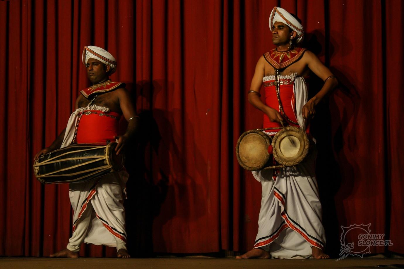 Bębniarze Azji - Sri Lanka