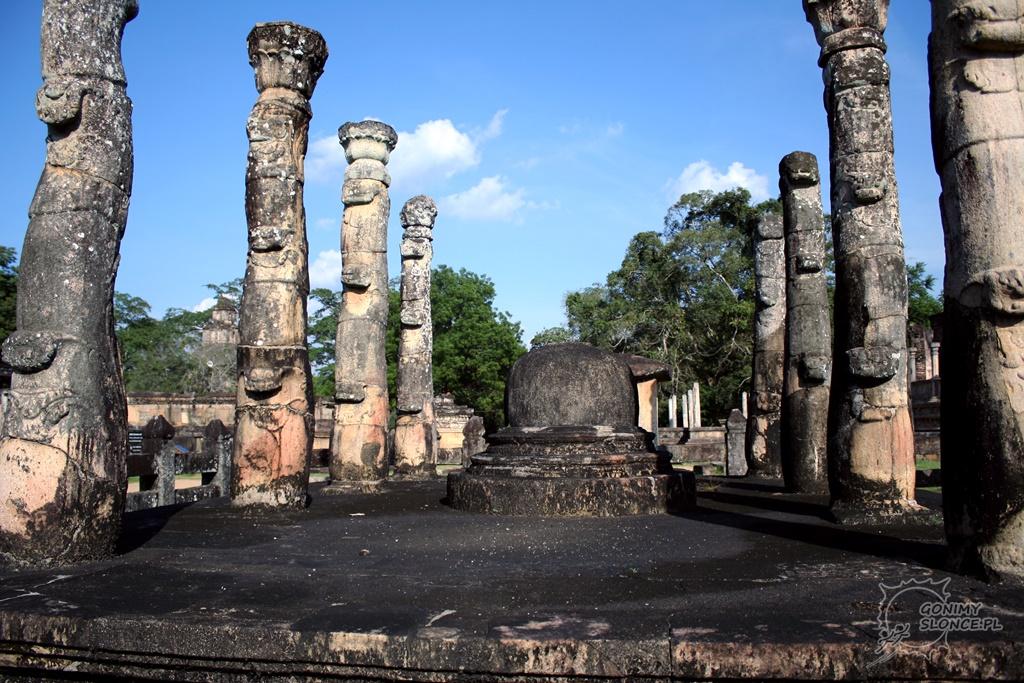 Polonnaruwa - ruiny świątyni