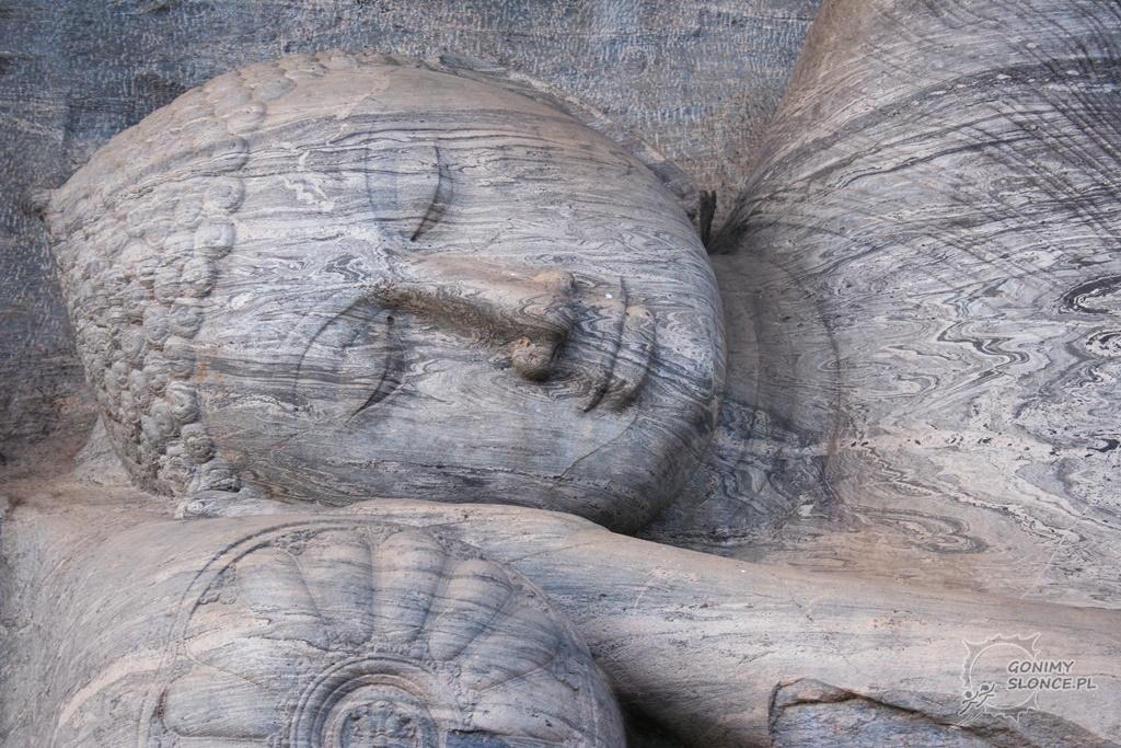 Polonnaruwa - Leżący Budda