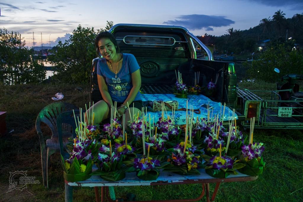 Loy Krathong - łódeczki na sprzedarz