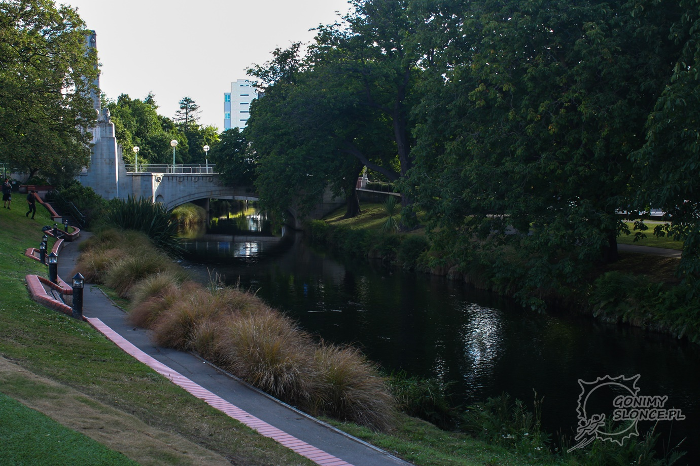 Christchurch - rzeka Avon i Most Pamięci