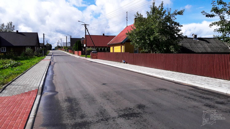 Puste wiejskie drogi, idealne pod rower