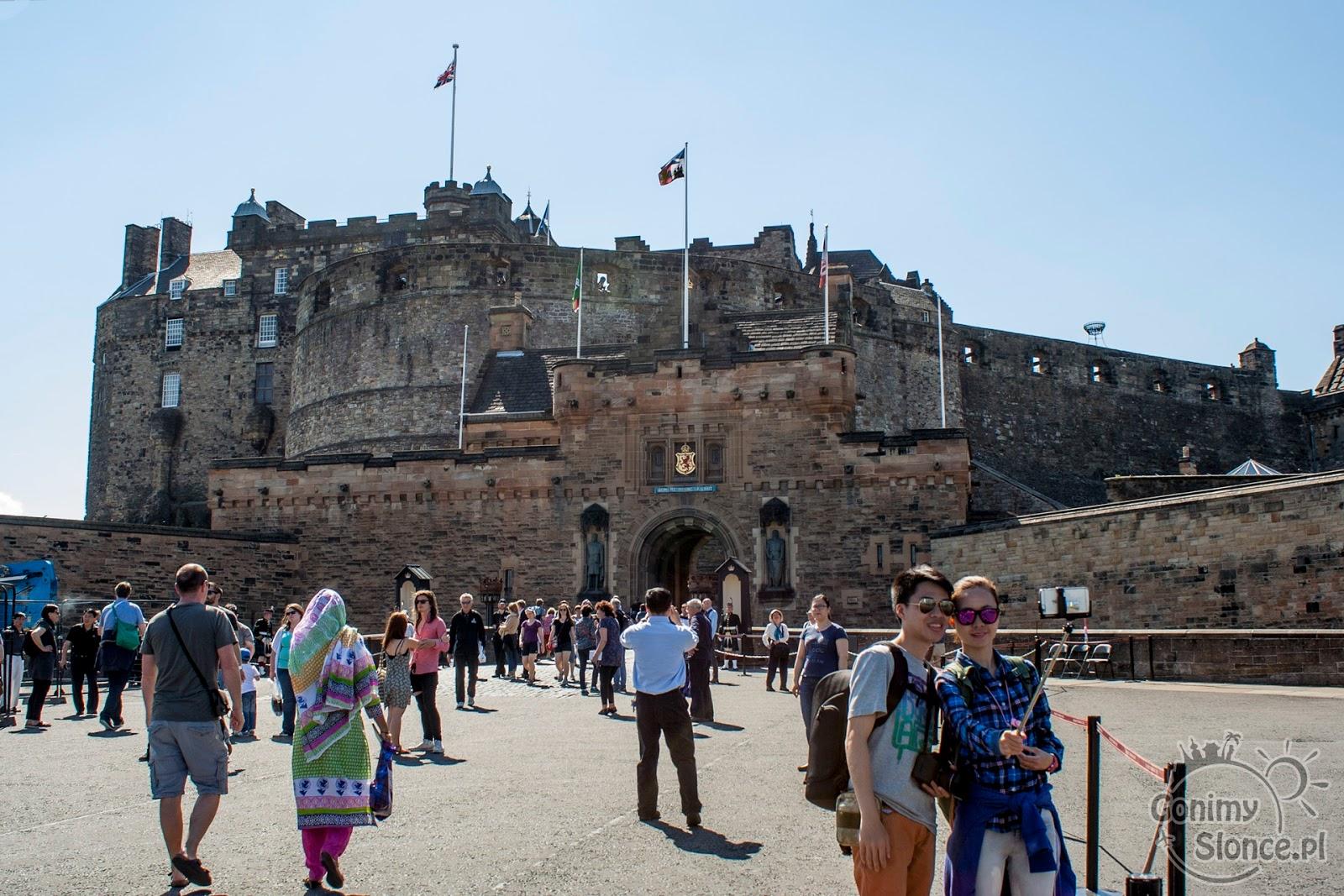 Zamek w Edynburgu, pierwsza część