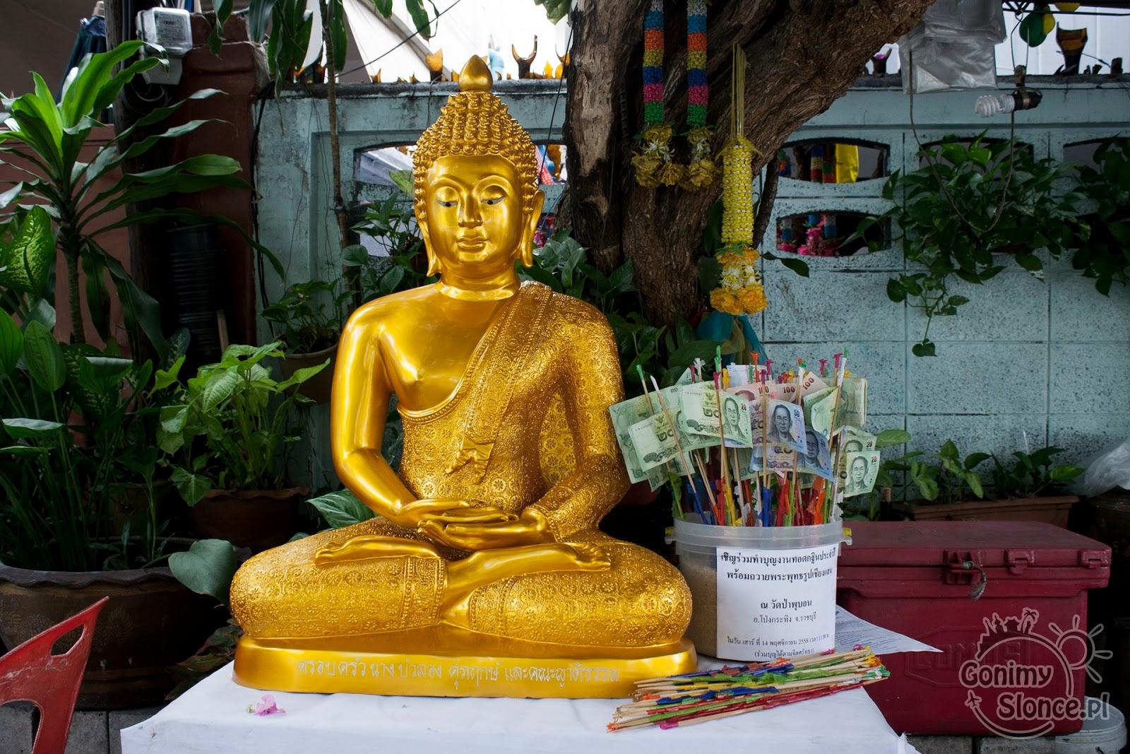 Budda i tajskie bahty, Bangkok