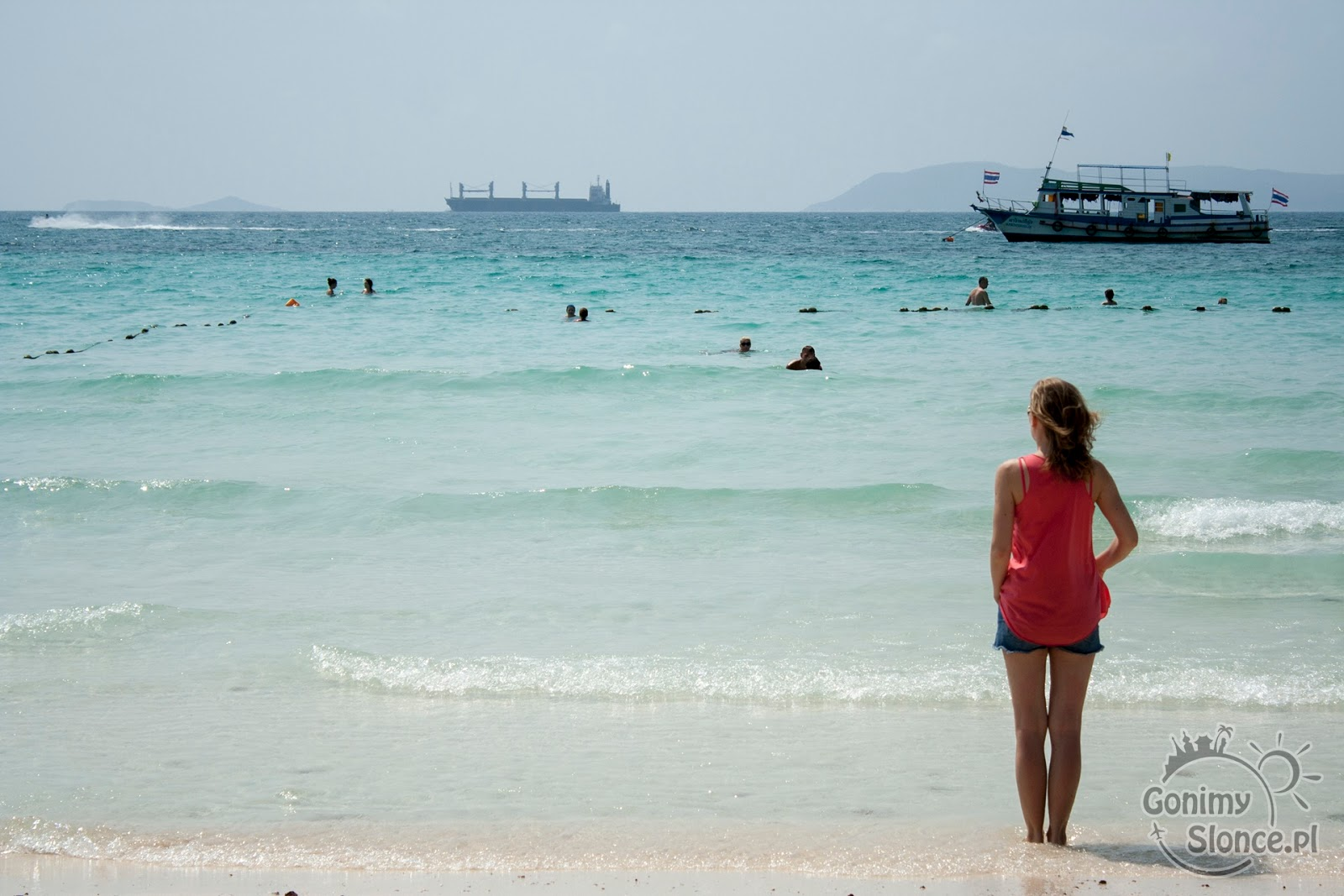 plaża na wyspie Koh Larn, Tajlandia