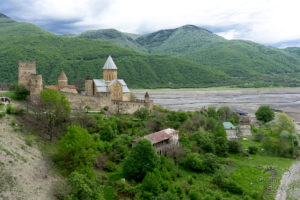 Ananuri, wycieczki po Gruzji
