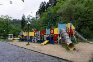 Plac zabaw w Bordźomi