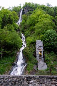 Bordżomi / Borjomi - wycieczki po Gruzji - wodospad
