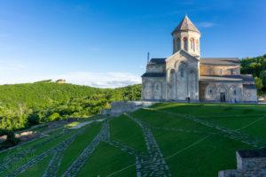 Kompleks klasztorny św. Nino - Bodbe - wycieczki po Gruzji