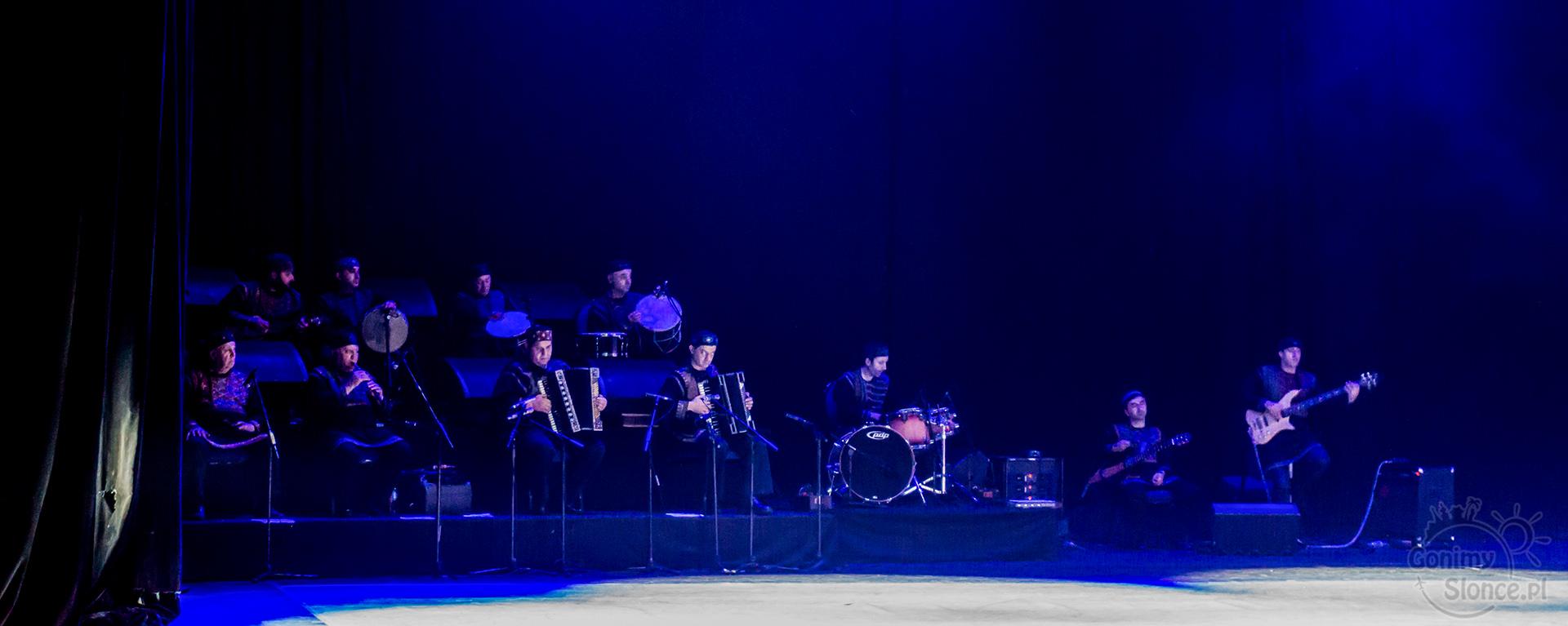 Narodowy Balet Gruzji Sukhishvili 09 - orkiestra na żywo - blog kulturalny
