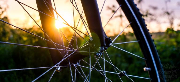 Podróż rowerem w Polsce - zachód słońca