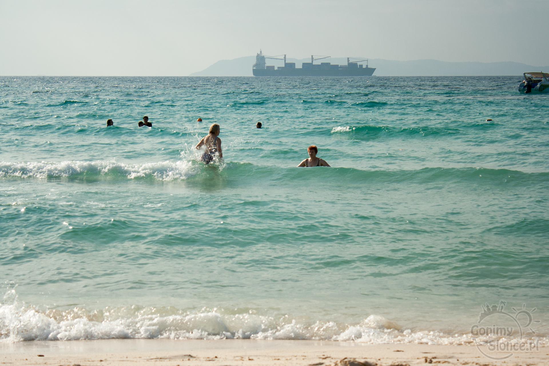 Ciepłe morze, fale i słońce - Tajlandia!