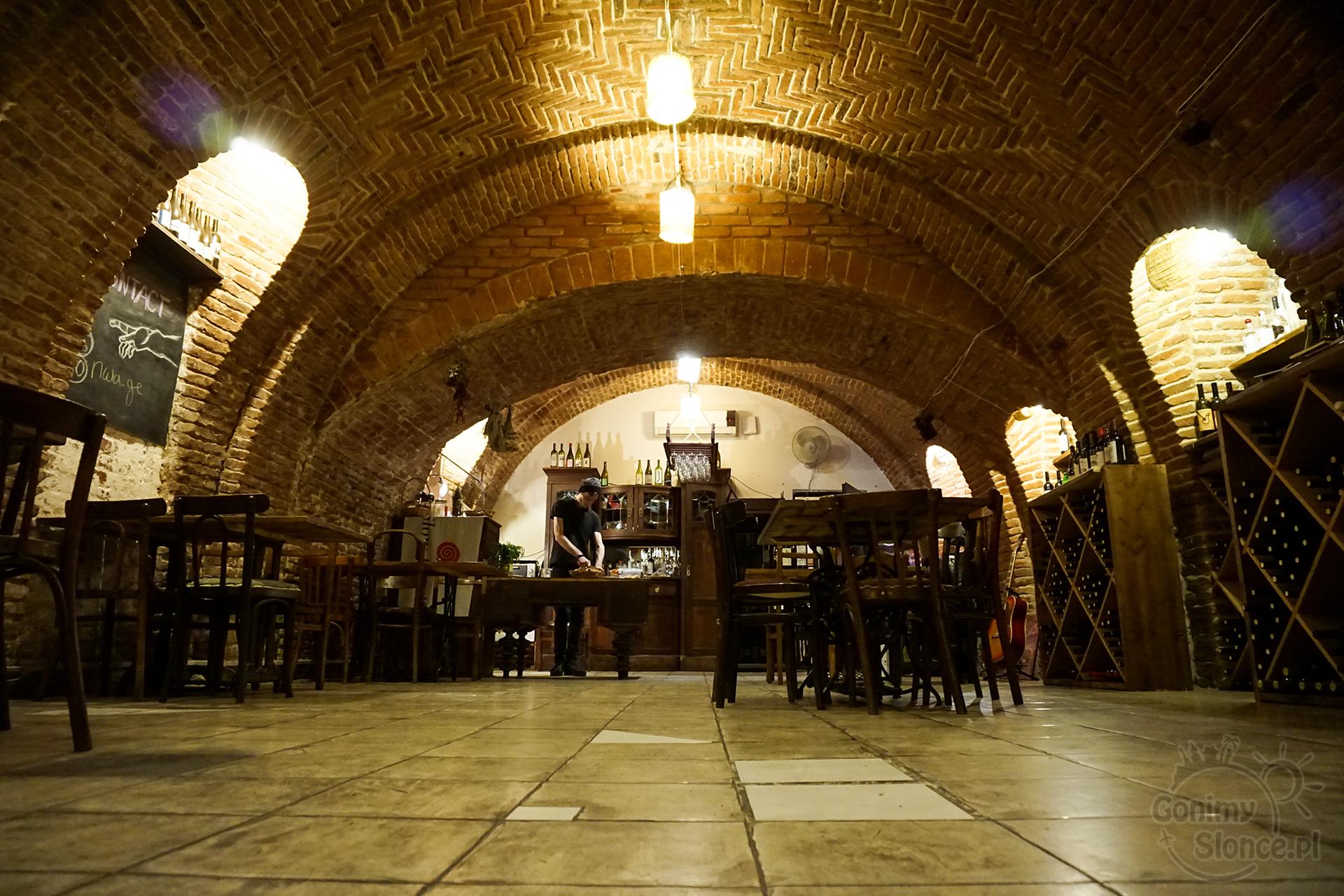 Nocne Tbilisi - Winiarnia degustacyjna