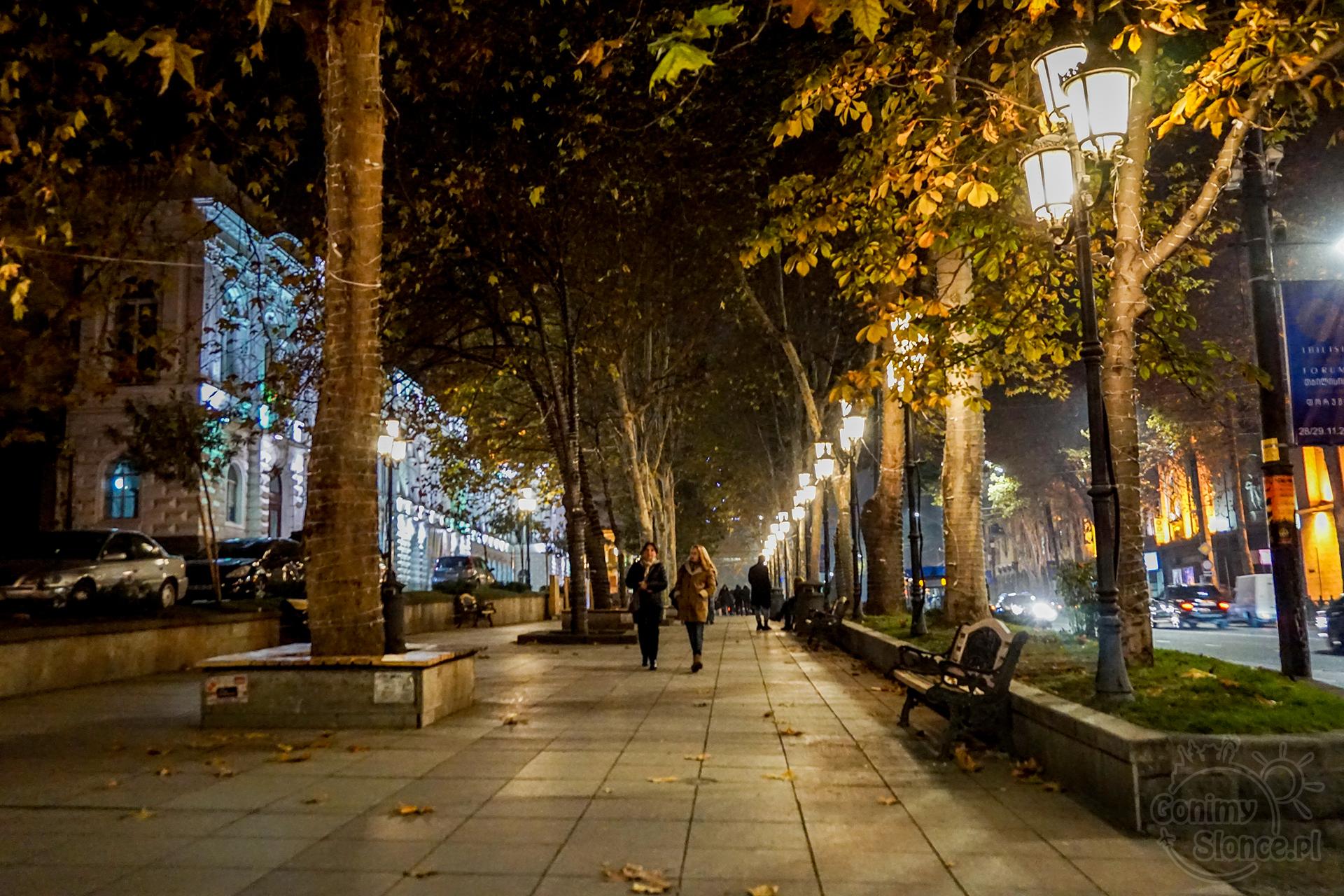 Nocne Tbilisi -  Rustaveli Ave.