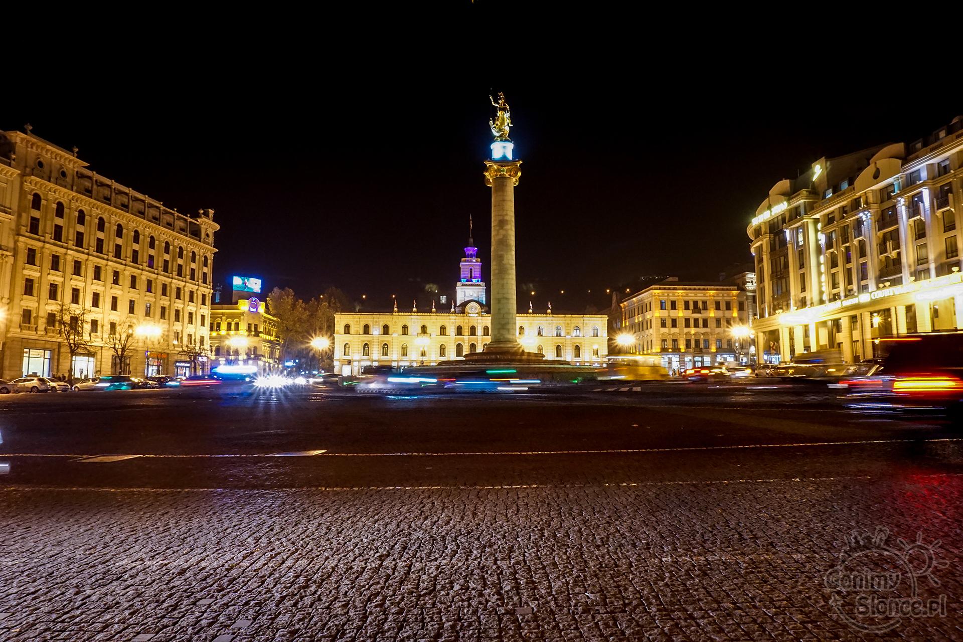Nocne Tbilisi - Plac Wolności