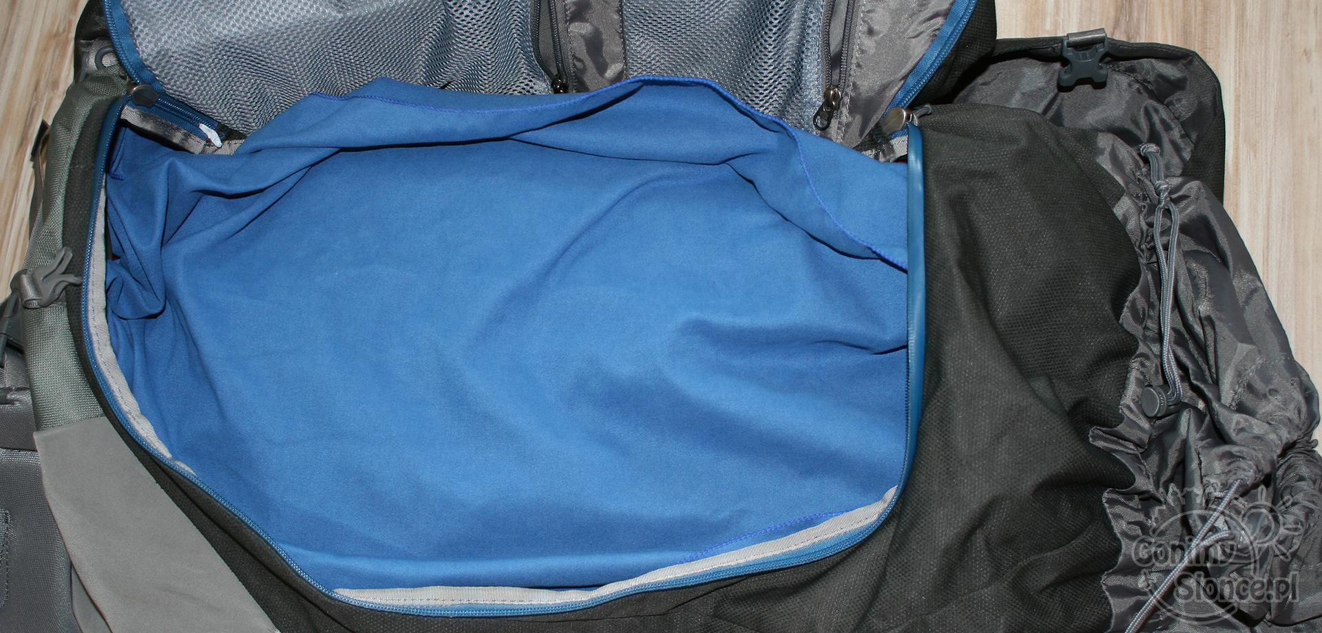 turystyczne gadżety - plecak podróżny z zamkiem