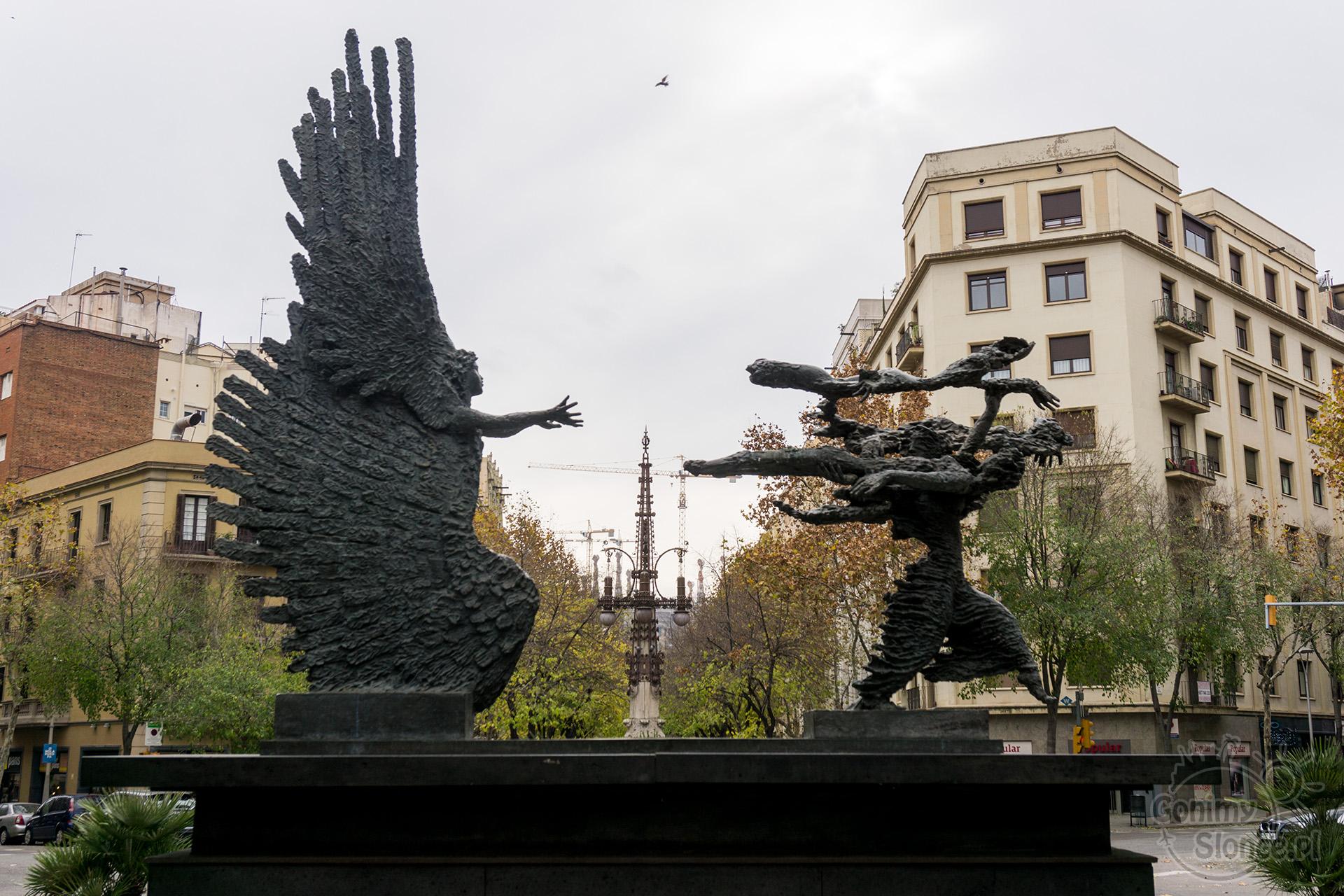 Avenue de Gaudi, Barcelona