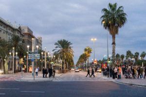Promenada przy porcie, Barcelona