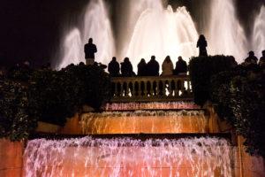 Barcelona zimą, tańczące fontanny