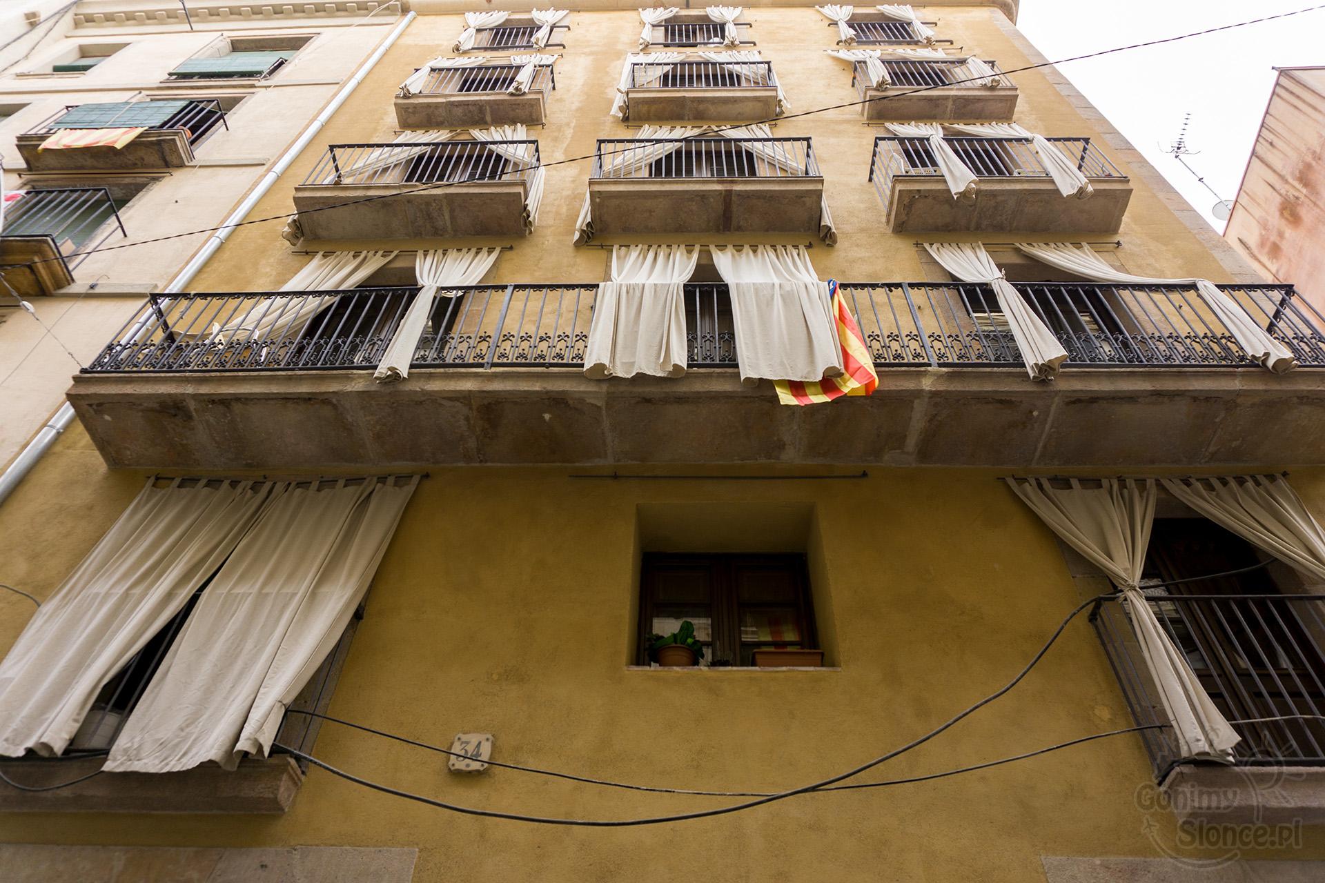 Balkony zabytkowej części Barcelony