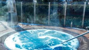 Jacuzzi zewnętrzne - gorąca kąpiel na mrozie - SPA Unitral