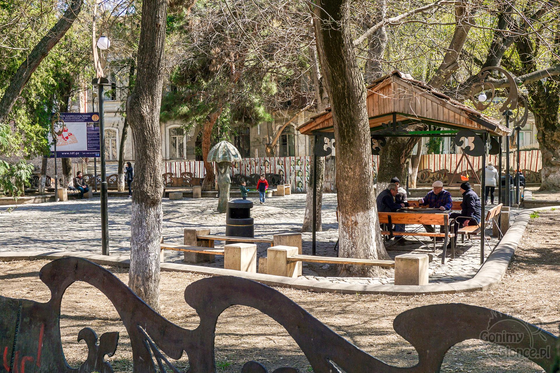 Tbilisi TOP 10 miejsc które warto zobaczyć | Park i Stare Miasto