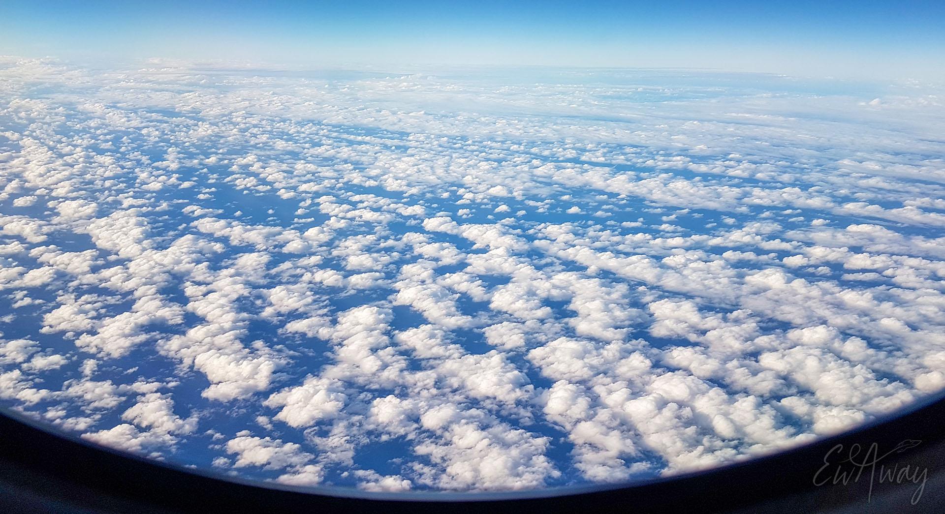 Podróż samolotowa podczas pandemii koronowirusa